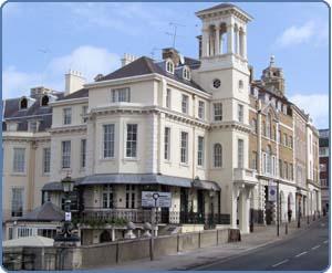 hostels in london